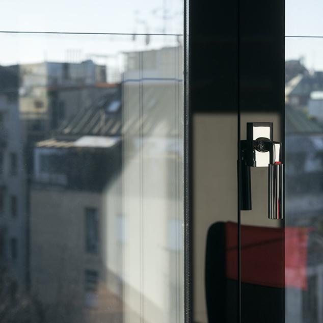 Realizzazione serramenti e infissi tuttovetro porte e finestre su progetto - Porte tutto vetro ...